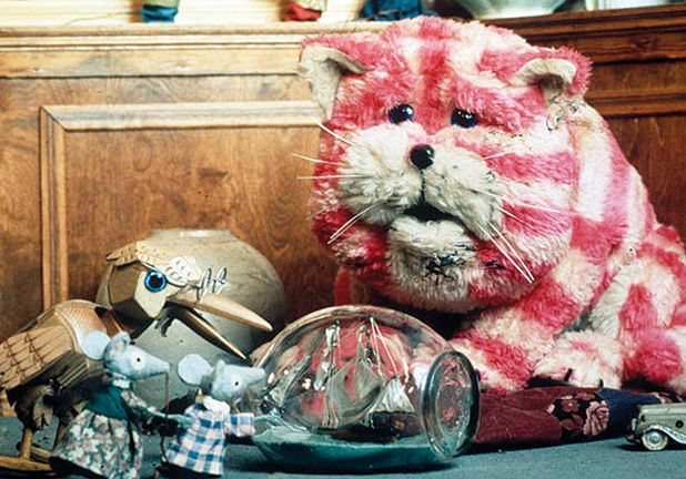 BAGPUSS  This one is in memory of Icky.... cos of the mental way he imitated the mice on the organ!
