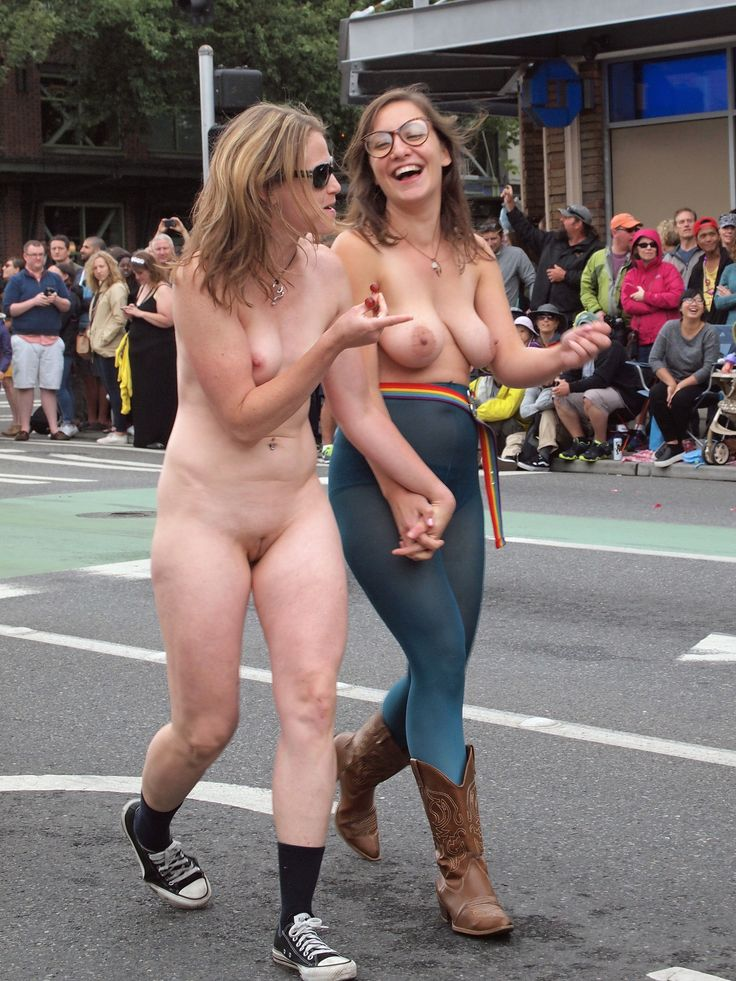 Nude naked parade — img 3