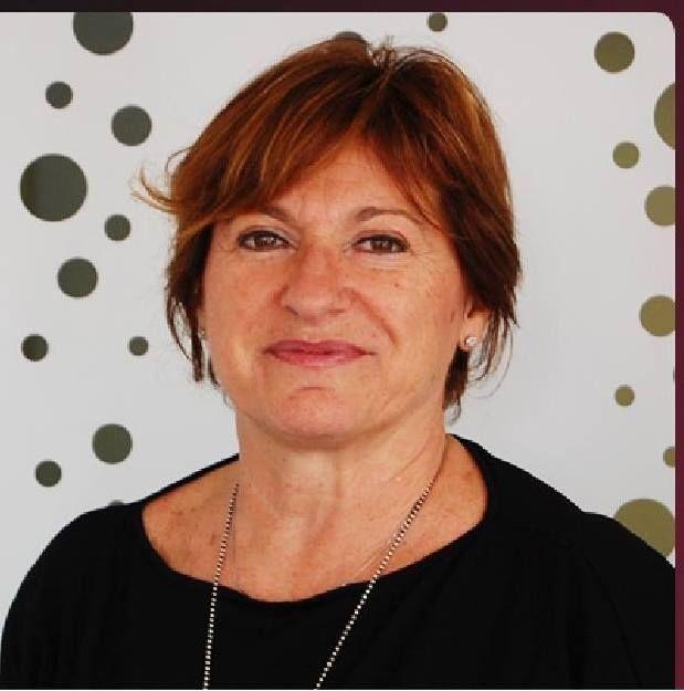 Morena Santini, titolare del negozio Mgroup By Morena Acconciature,  vanta 40 anni di esperienza nel settore parrucchieri, anni all'insegna  del continuo aggiornamento,della ricerca e delle nuove tendenze. Perseguitrice nata della bellezza, dell'eccellenza e dell'ottima qualità di prodotti e servizi; componente del gruppo Art Hair Studios da anni e ultimamente convocata come insegnante. per il progetto Wella per Unicef in Romania. Segni particolari : inarrestabile !!!