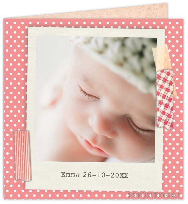 Studio Deksels • geboortekaartjes • foto • newborn shoot • stipjes • rood • dot • polaroid • tape