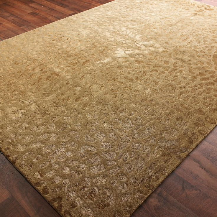 Wool And Silk Carved Leopard Pattern Rug 2 Colors