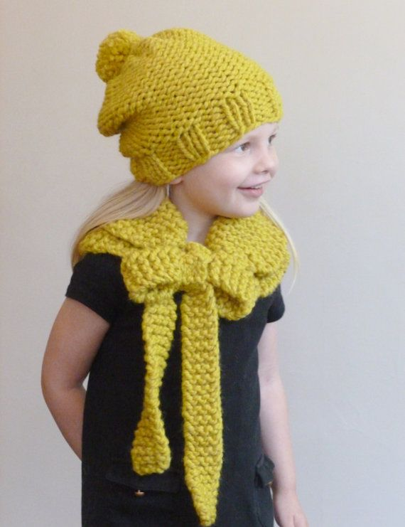 Girls Scarf Knitting Pattern : 21 Best images about Toddler Hats and Cowls on Pinterest Kids hats, Winter ...
