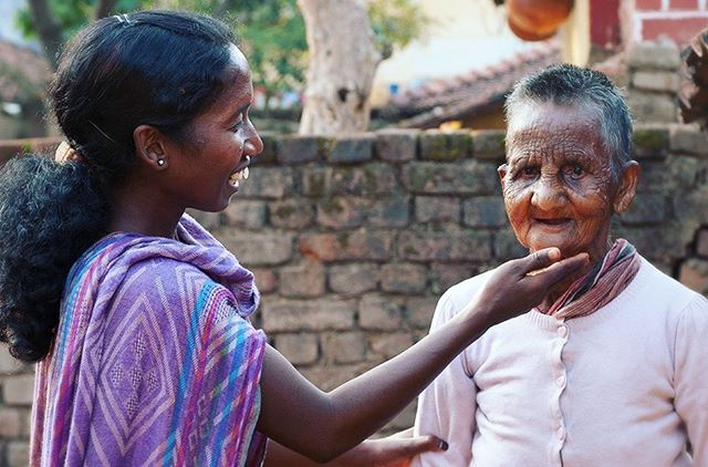 """""""Don't open my bandage!"""" the leprosy patient cried out. For years, the patient believed they had the disease because of their sin. ⠀ ⠀ Sakshi (pictured), a woman missionary, knew exactly how they felt.⠀ ⠀ """"No, no, this is not some sin,"""" Sakshi said. """"I myself have gone through this."""" Read more: [link in bio]⠀"""