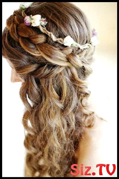 Prom Hairstyles Half Up Half Down A Super Cute Curly Braided Half Braided Curly Cute Hairstyles Prom Prom Hairstyles Half Up Half Down A Super Cute Cu...