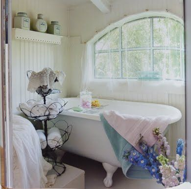I would love a soaking tub in a room like this!