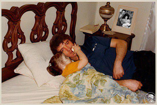 Daddy & his baby girl - elvis-aaron-presley-and-lisa-marie-presley Photo