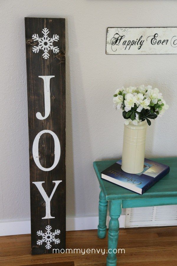DIY Holiday Decor Sign. This sign serves double duty. One side says Fall and the other Joy. | mommyenvy.com | DIY Christmas Decoration