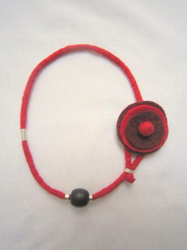 Handmade felt necklace by KORMENTZACREATIONS on Etsy