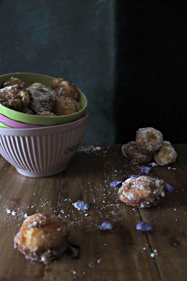 Bunyols (tipical catalan sweet)