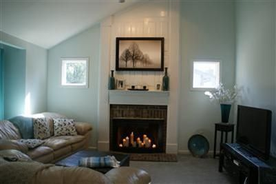 Paint colors for living room vaulted ceilings google for How to paint a vaulted ceiling room