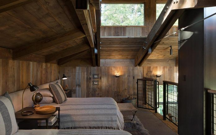Beautiful wooden cottage designed to fulfil all the contemporary needs - CAANdesign