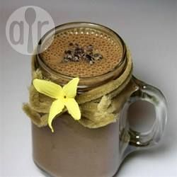 Vitamina de banana, aveia e chocolate @ allrecipes.com.br