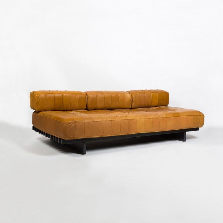 Leather 'DS80' sofa daybed by De Sede, 1960s #LeatherSectionalSofas