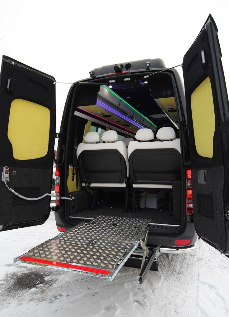 Mercedes-Benz Sprinter Tamlans Minibus, Wheelchair Lift