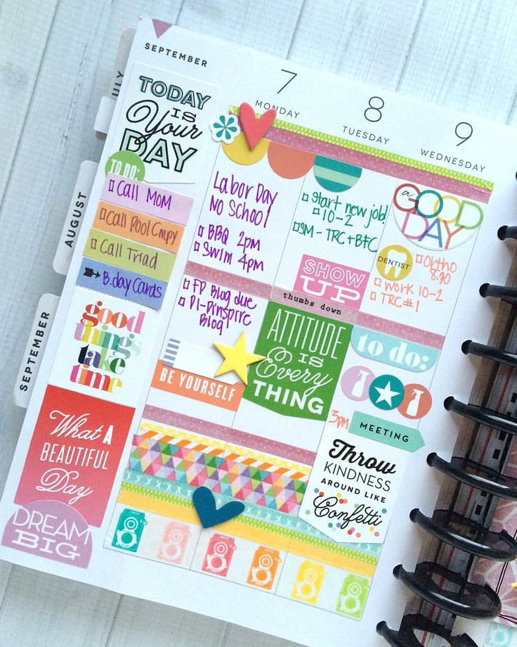Here is one side of #TheHappyPlanner spread by mambi Design Team member @maryannmaldonado that was posted yesterday to the @meandmybigideas blog. We love what Mary-Ann did with our #stickynotes and how she overlapped & bunched #HappyPlanner stickers together.