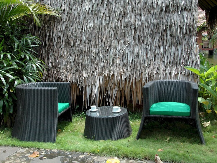 This Rattan Furniture Is So Cool!