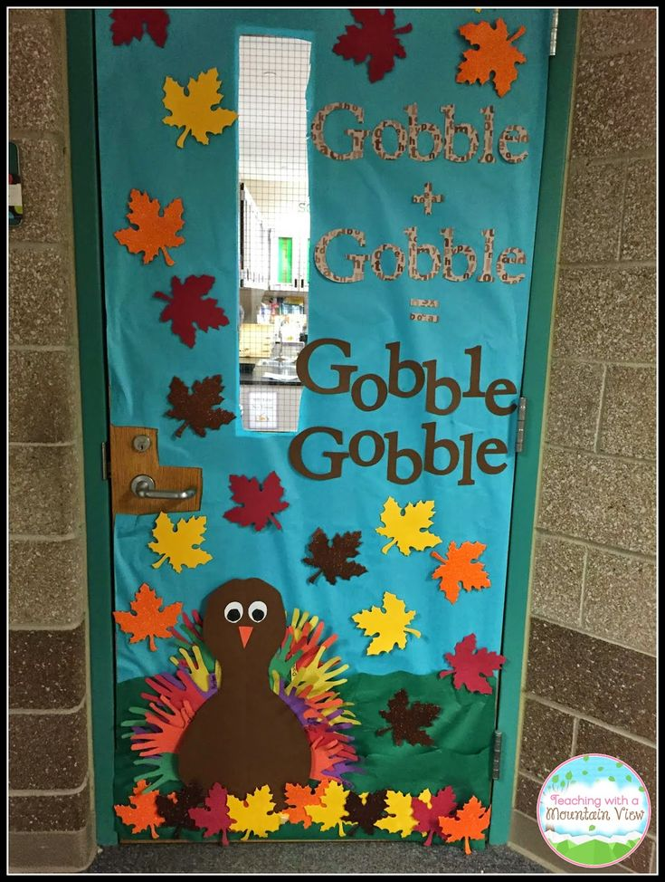 25 best ideas about thanksgiving classroom door on for Ways to decorate a bulletin board