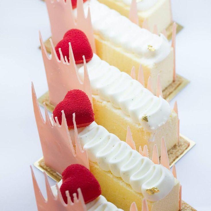 «#dharadhevi #dharadhevicakeshop #cheffabriceleblus #cheffabrice #valentin #fabriceleblus #pastry #patisserieboutique #pastry #patisserie #cheesecake…»