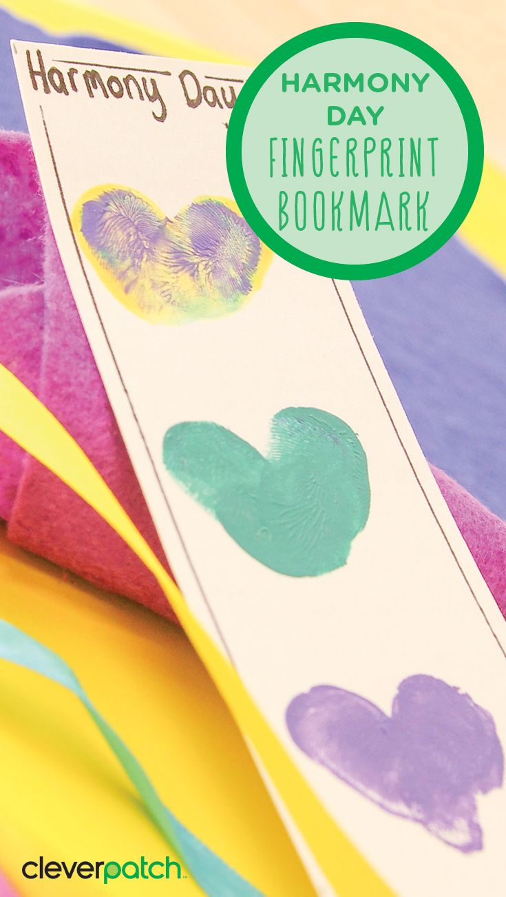 Harmony Day focuses on Australia's cultural diversity. It is seen as a strength and is about a sense of belonging for everyone. This bookmark is a great way to show off each individuals unique and wonderful finger prints!