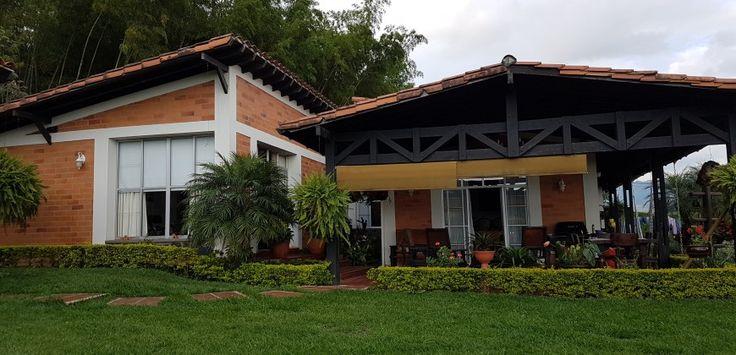 ESTUPENDA ALTO DEL NUDO CASA CAMPESTRE PARA VENTA Casas Campestres Condominio Campestre sector Alto del Nudo Dosquebradas Colombia para Venta. ADRIANA VELASQUEZ (+57)-313-697-0024, WhatsApp Mejia y Velasquez Inmobiliaria #Venta #CasasCampestres #Dosquebradas #Risaralda #Colombia #AltodelNudo