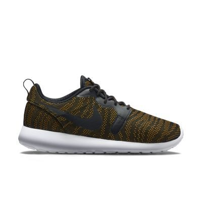 Nike Roshe One Knit Jacquard Women's Shoe.