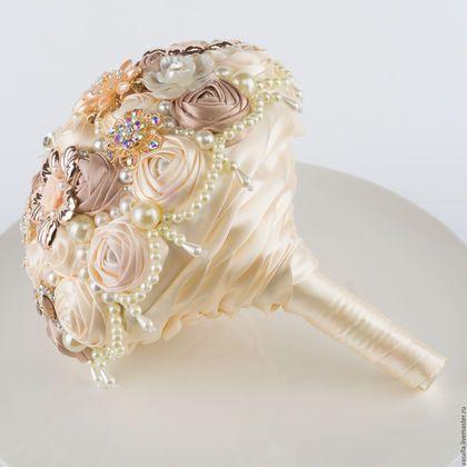 """Свадебные цветы ручной работы. Ярмарка Мастеров - ручная работа. Купить Брошь-букет цвета шампань """"Мелани"""".. Handmade."""