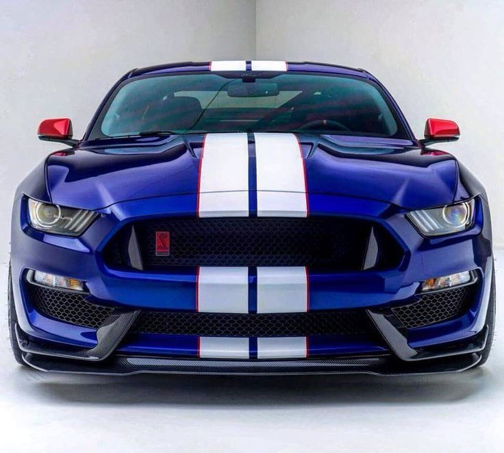 Shelby GT350R http://www.musclecardefinition.com/