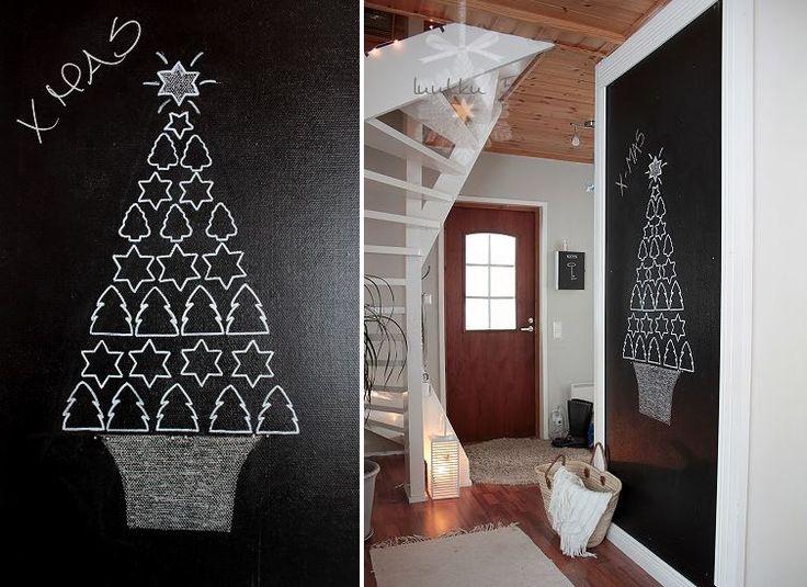 Draw a Christmas tree!