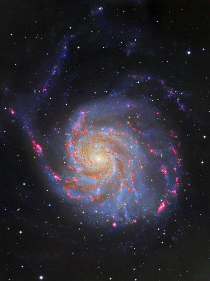 This fantastic image of the Pinwheel Galaxy was obtained using the Wide Field Camera on the Isaac Newton Telescope. It´s a three-colour composite made from data collected through the filters Sloan g´, r´+Hα and i´. Credit: R. Barrena and D. López (IAC)