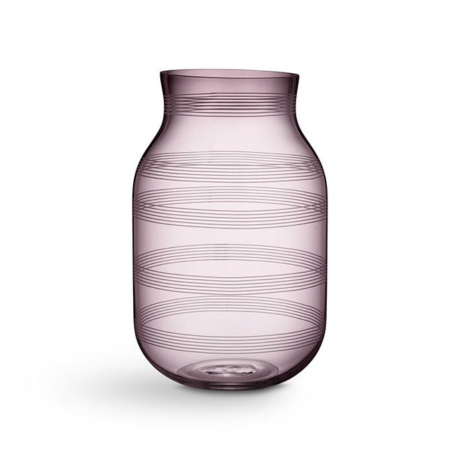 Omaggio Vase Stor Plum   Se den lilla glassvasen fra Kähler i vakker…