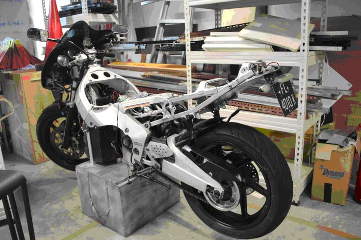 Honda CBR400 stripped, before conversion to electric vehicle