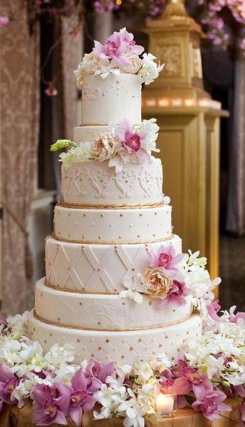 wedding cakes purple and white 1000 images about wedding cakes white lavender or 25323