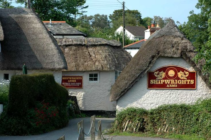 Thatched 18th-c pub by beautiful wooded creek, at its best at high tide, terraces making the most of the view, plenty of surrounding walks, and summer foot-ferry from Helford Passage.