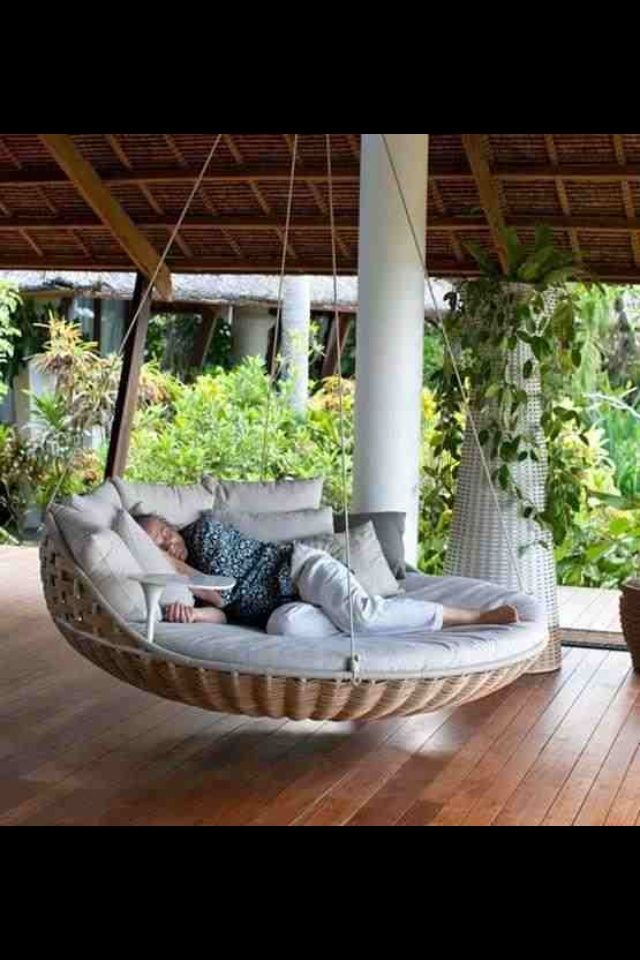 cool beds everi would love to have this looks so comfy and