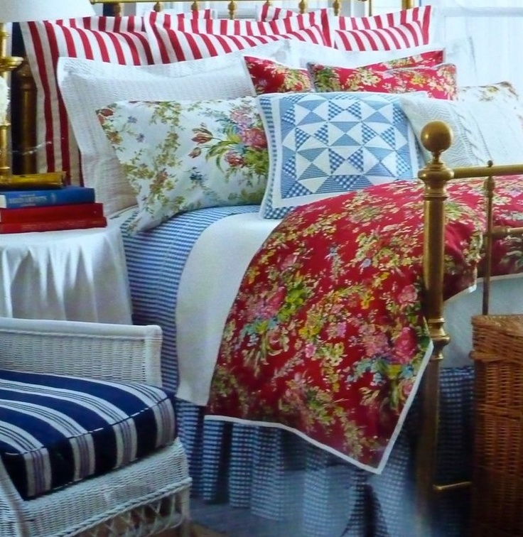 """Ralph """"belle harbor"""": Ralph Lauren, Cottages Style, Lakes House, Headboards Bedrooms, Mixed Patterns, Lauren Belle, Rooms Bedrooms, House Style, Ralph Belle"""