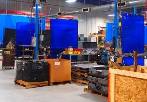 Welding screens can be used as stationary curtain walls, retractable welding curtains or welding screen partitions. Find out more about welding curtains in the workplace http://www.amcraftindustrialcurtainwall.com/weldview-welding-curtains-workplace/#.VNEduJ3F_yQ
