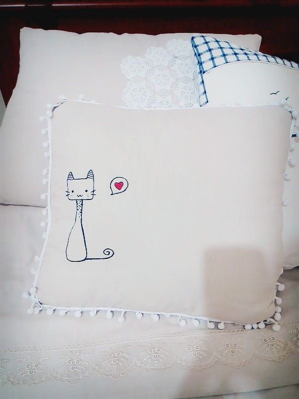My lovely cat pillow :) very easy to sew #cat