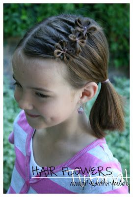"cute hair ""flowers"". Good thing I don't have a girl - I don't think I could pull this off. But some of you moms following me could - I've seen how crafty a lot of you are! @Whitney Clark McConkie what do you think? Possibility for hair piece? Except larger scale? and possibly layers?"