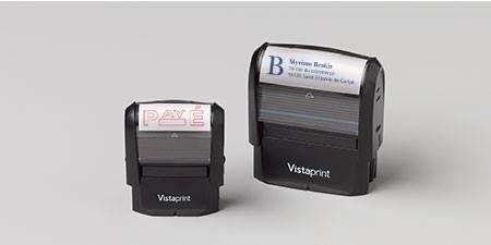 Profitez de l'offre 1 tampon auto-encreur GRATUIT ici : http://www.codereduc.com/code-reduction-vistaprint.html (hors frais de port)