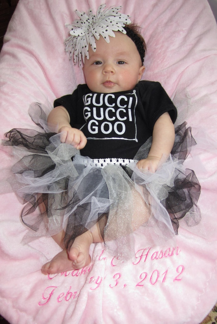 I love this baby & her outfit!