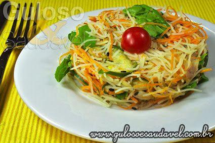 Esta Salada de Bifum com Legumes Assados é uma opção de #almoço leve, com baixas calorias e #SemGlúten! Garanto, vão amar!  #Receita aqui: http://www.gulosoesaudavel.com.br/2013/04/03/salada-bifum-legumes/