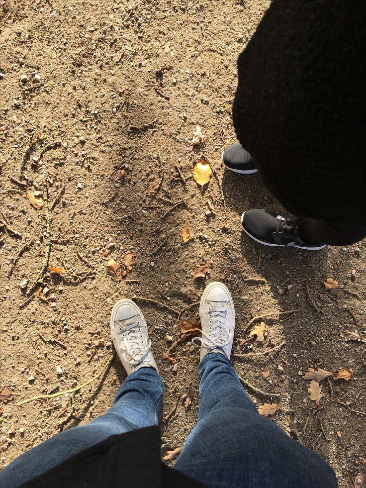 """Okt 2016. Cathrine og jeg tog i Dyrehaven og gik en laaaaang tur. Det er en kæmpe """"park"""" - bl.a. der hvor eremitageslottet ligger. Rigtig flot efterårslørdag."""
