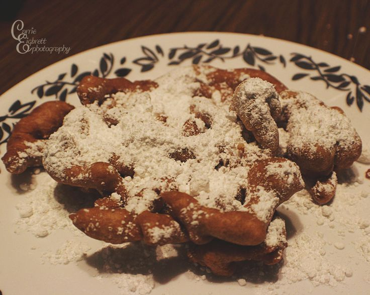 Baby cakes! #Funnelcakes Have you ever tried the Babycakes mini funnel cake maker? We tried them here at my house last nigh...#desserts #sweets #DIY