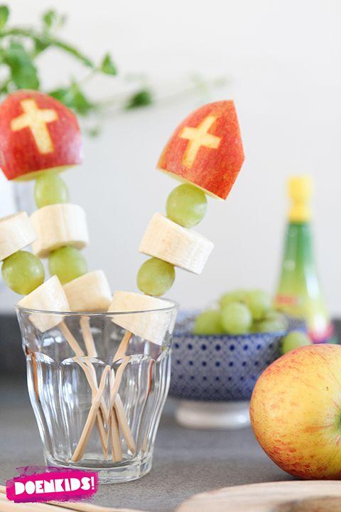 Een gezonde Sinterklaas snack! In deze tijd met heel veel zoetigheid is een gezond hapje ook wel erg lekker (en goed). Maak eens deze snelle appelmijters!