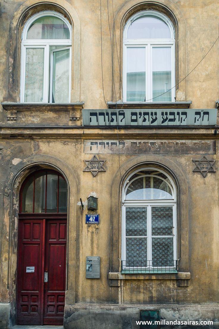 Casa de estudios religiosos
