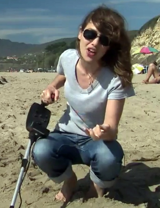 Amy mainzer single