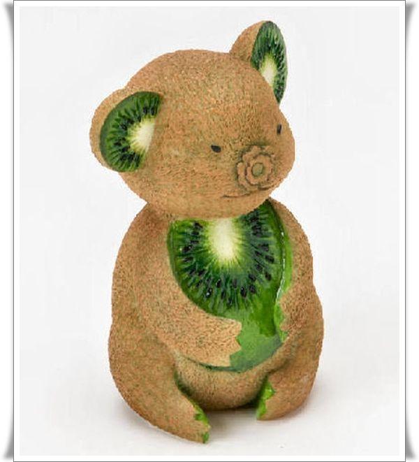 Kiwi Bear - Food Art