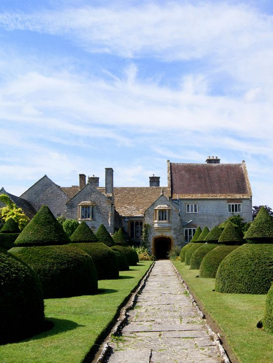 Lytes Cary House, Somerset photo Twoshoes3