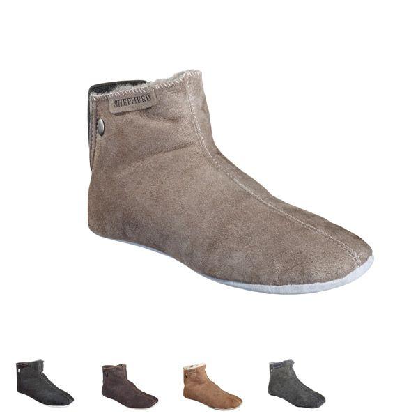 Sheepskinn slippers designed for #shepherd Fårskinnstofflor #oddbirds Linea