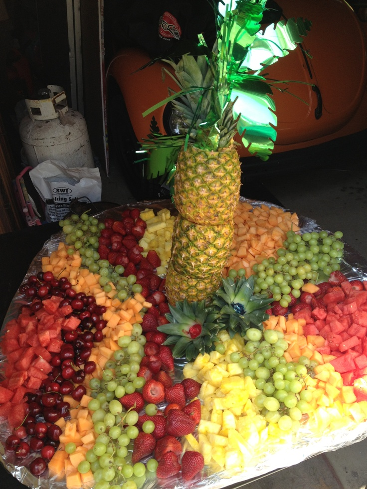 Pineapple Tree And Fruit Table
